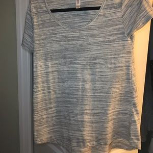 XS LulaRoe gray and white classic tee